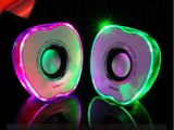 批发USB迷你小音箱苹果炫灯七彩音响笔记本音箱电脑音箱厂家供货