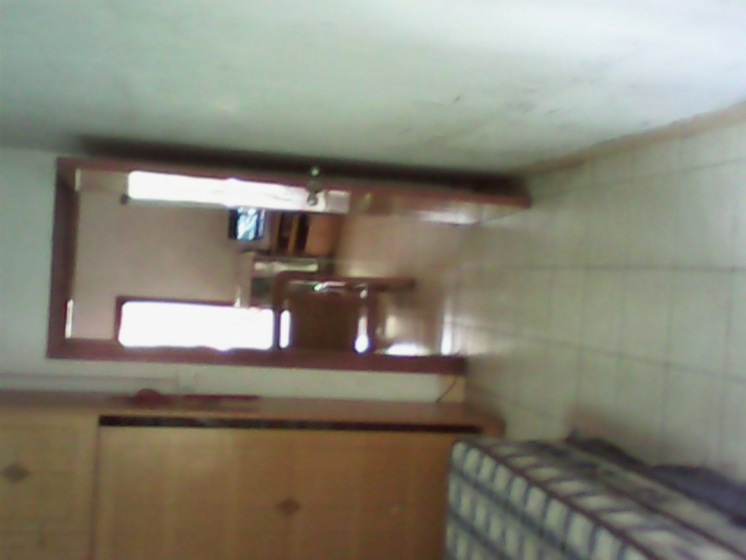 民族广场 大板一区 3室 1厅 70平米 合租