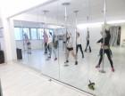 毕节钢管舞怎么跳 聚星钢管舞培训