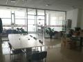 精装办公室,带家具急租,位置佳,南向,玻璃隔间
