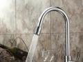 专业洁具拆装 维修更换水龙头、安装淋浴房马桶维修