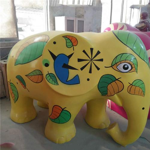 玻璃钢雕塑生产厂家 买玻璃钢雕塑当然是到美景工艺