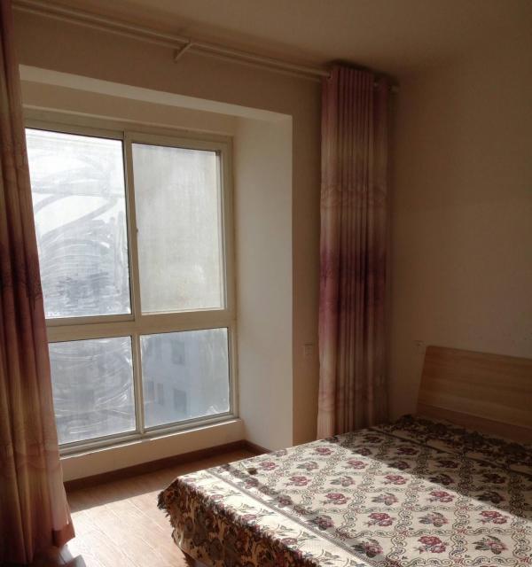 金港公寓电梯房 2室2厅 精致装修 水电气暖 拎包入住