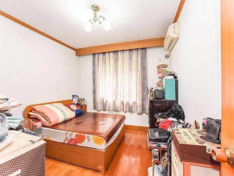 南北户型,全明的,两室两厅,环境优雅,房东缺钱急售 翠苑古荡