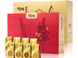 百草味坚果礼盒春节8种零食干果礼包年货团
