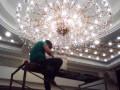 海淀区水晶灯清洗公司哪家好 推荐北京宏运专业各种灯具清洗服务