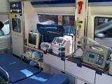 无锡长途救护车护送120跨省转院-24小时服务热线