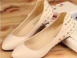 韩版秋季铆钉单鞋 漆皮低跟尖头女鞋工作鞋