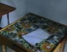 岳阳市楼区五里牌转盘有单间厨卫家具岀租 1室1厅1卫 男