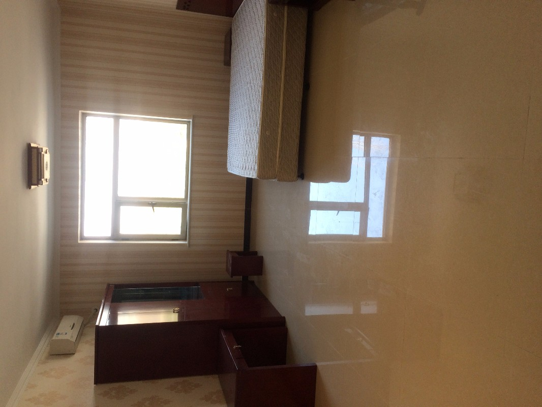 回龙观 流星花园三区 1室 0厅 35平米 整租流星花园三区