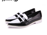 2014春季时尚女鞋亮漆黑白拼接英伦女鞋 品牌真皮单鞋L1369