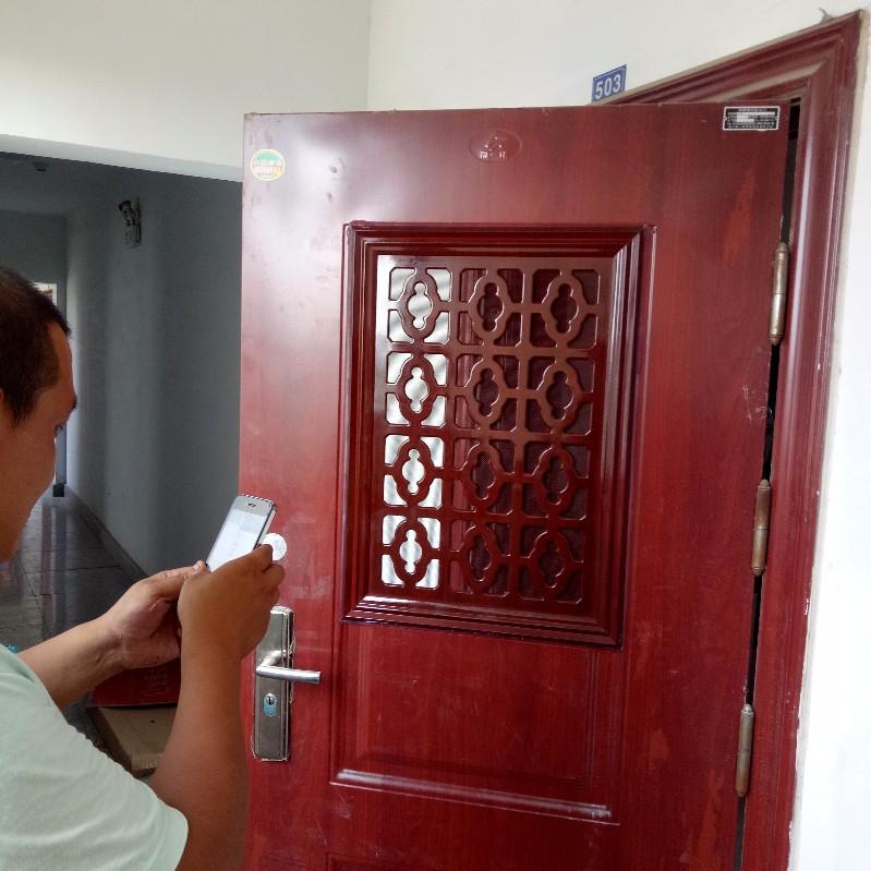 专业 防盗门加装通风窗