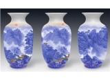 始信青花斗彩珍藏瓷 呈现出俊秀壮美山水图画