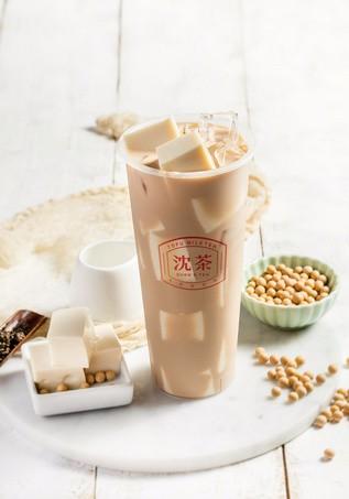19岁小姑娘的沈茶豆腐鲜奶茶,迷倒万千福州客户