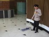 天河區沙東商場保潔旅游區保潔專業洪升保潔阿姨做事仔細認真
