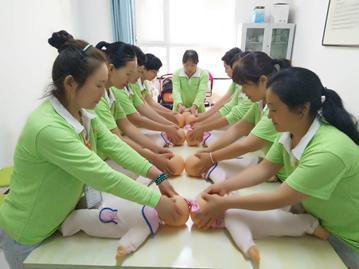 深圳市家政培训班——名流家政培训基地