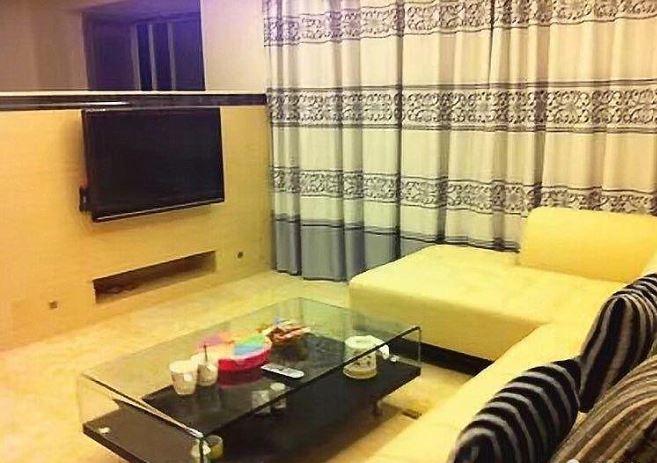 广汇东湖城 88万 3室2厅2卫 豪华装修,可观湖景