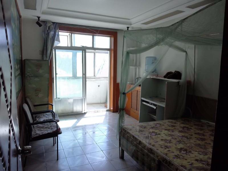 公园 沧州军分区东家属院 1室 1厅 51平米 整租