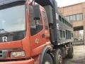 本地矿山封闭,多辆自卸货车装让