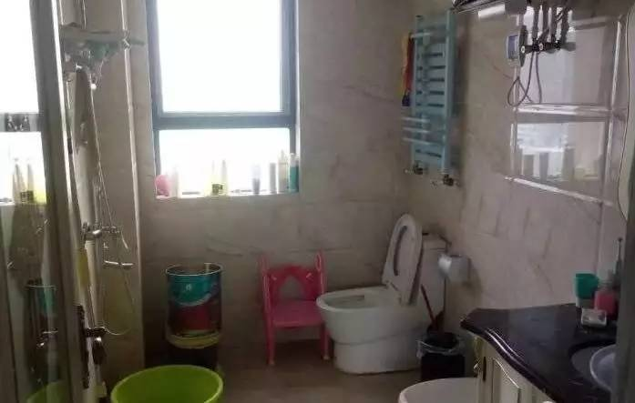 新城区蓝湾新城 3室 2厅 141平米精装修黄金15楼有暖气