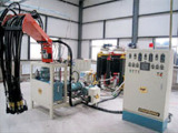 高质量的聚氨酯发泡机设备哪里有卖-江西发泡机生产厂家