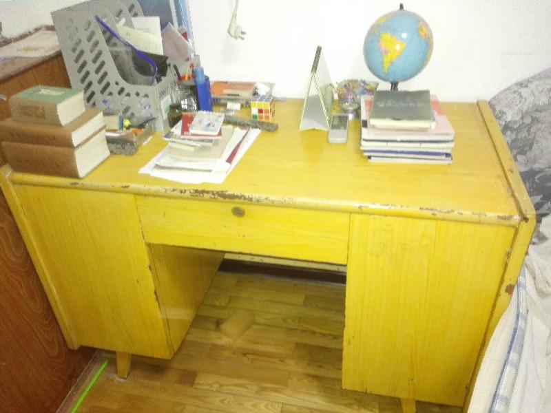 全实木榫卯结构写字桌转让