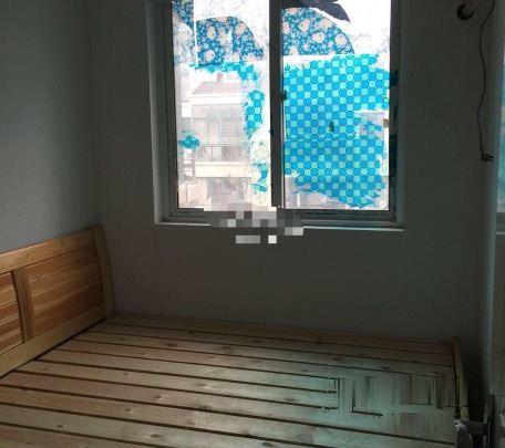 紧靠实验小学,春天花园三室整租 设施齐全拎包住