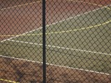 供应新型扁铁篮球场围网,运动场隔离网,体育护栏网