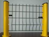 安平朗利三角折弯护栏网,专业护栏网生产厂家,桃形立柱护栏网