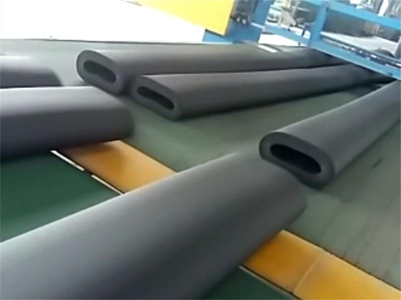 可按客户要求订做生产B1级B2级橡塑保温棉板管价格低厂家