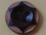 镭射内六边形木质纽扣