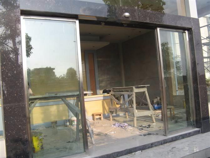 自动门感应门玻璃门 刷卡门禁指纹门禁安装维修地弹门
