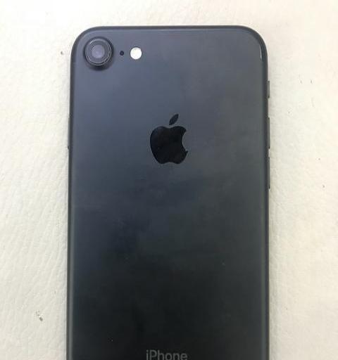 自用苹果7出售