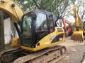 二手的小松挖掘机120优质价格出售