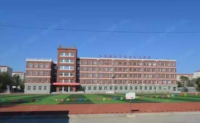 出售正4楼 65米学区房(小学 中学)