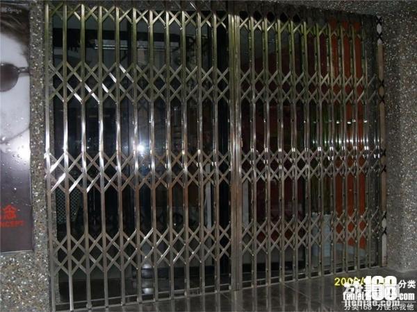 嘉定区抗风门制作 马陆电动卷帘门维修 普通消音门安装