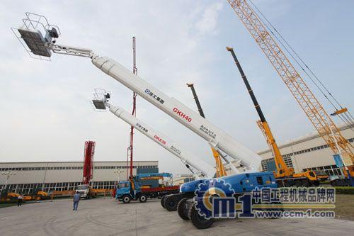 厦门高空作业平台,上等高空作业平台宏兴工程机械供应