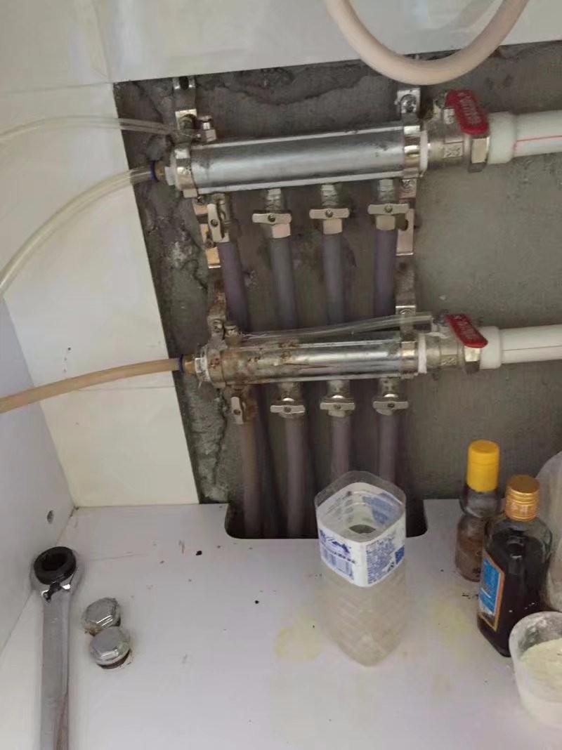 净月生态大街清洗地热高压脉冲,低价服务,维修水暖安装马桶