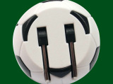 2014世界杯纪念品三星苹果手机充电器头直充插头 足球充电头5V1A