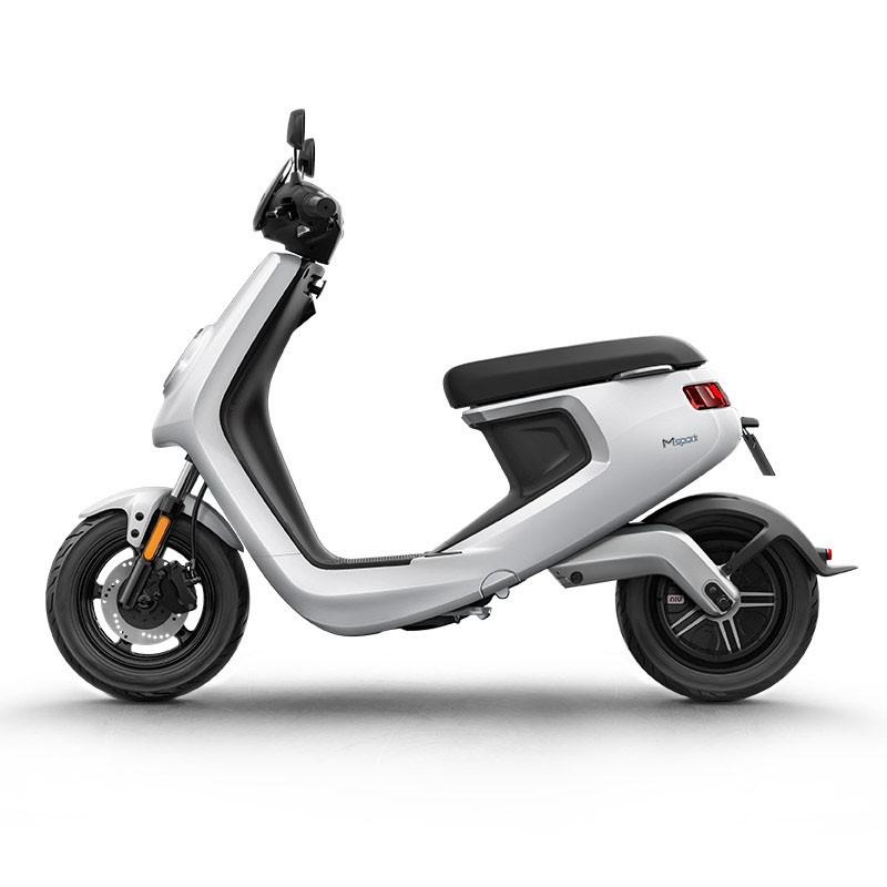 昆明小牛电动车M1青春版 48v锂电池代步小电瓶电动成人摩托