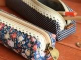 F940时尚潮人清新创意款韩国学生文具盒简约精美小巧碎花笔袋批发
