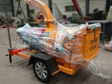 山东移动式木材破碎机-可移动的树枝粉碎机专业直销商