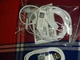 三星原装充电器和原装耳机