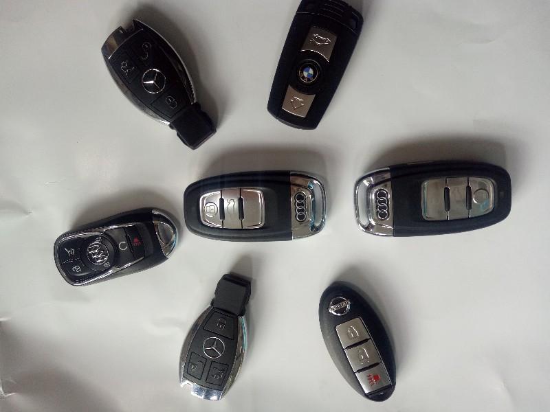 晓孟开锁换锁 配各种汽车钥匙