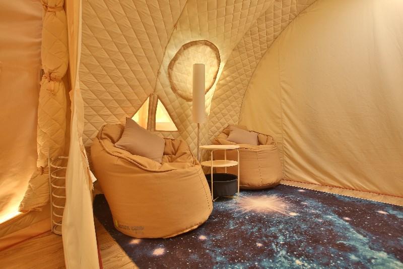 河北省丰尔庄园梦田 星空帐篷房车酒店你住过吗?