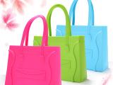 2013新款潮女欧美时尚 糖果色硅胶包 手提 手拎创意小清新荧光