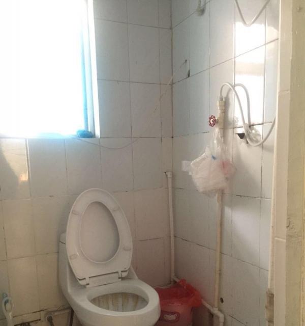 市中红星路刘庄小区 3室1厅 100平米 中等装修 拎包入住