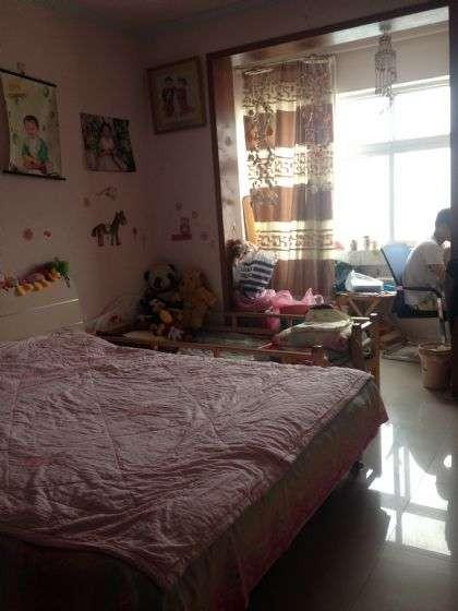 紧邻二七万达 广龙小区 大两房 首付13万 看房子随时