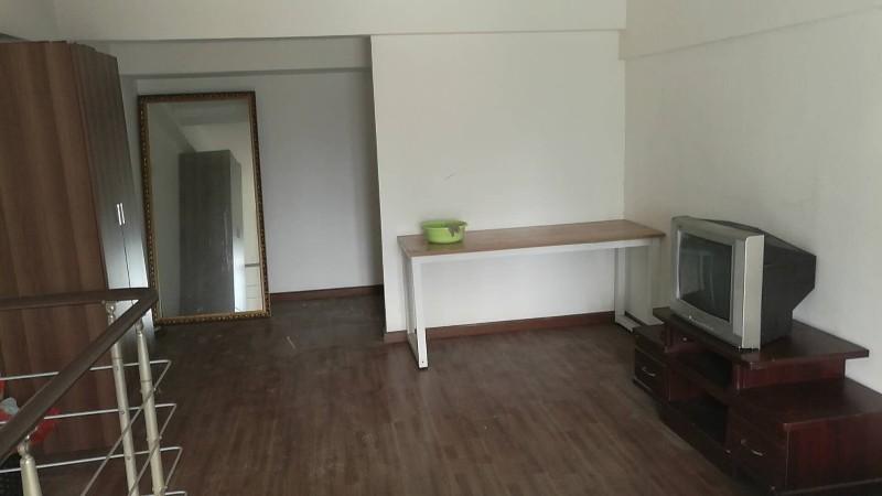 关山 剑桥立方寓 1室 1厅 72平米 整租剑桥立方寓