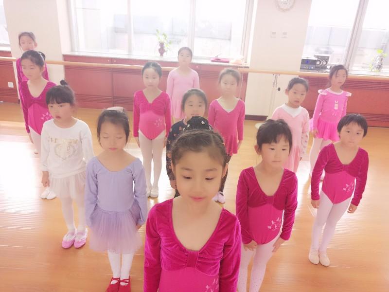 西城区一五九中附近比较好的舞蹈培训机构